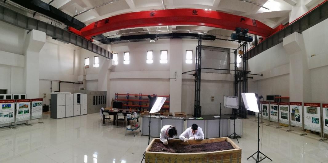 实验室面积近400平方米,在全国高校中独一无二